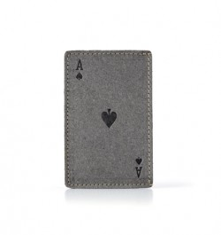 Card-Holding-Eco-Front-A-01